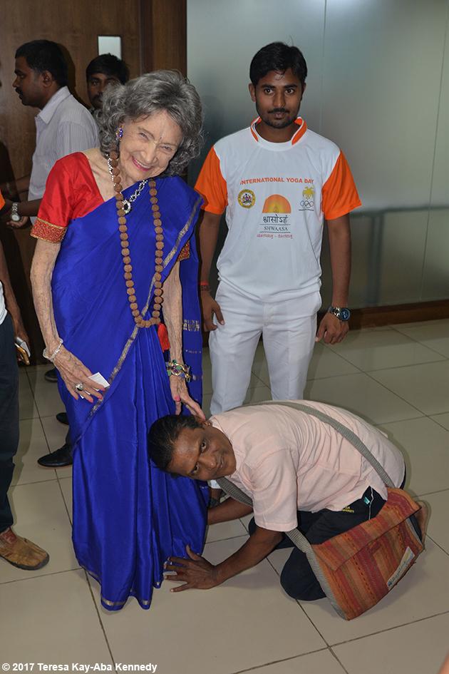 98-year-old yoga master Tao Porchon-Lynch being honored at Yoga Ratna Awards in Bangalore, India - June 20, 2017