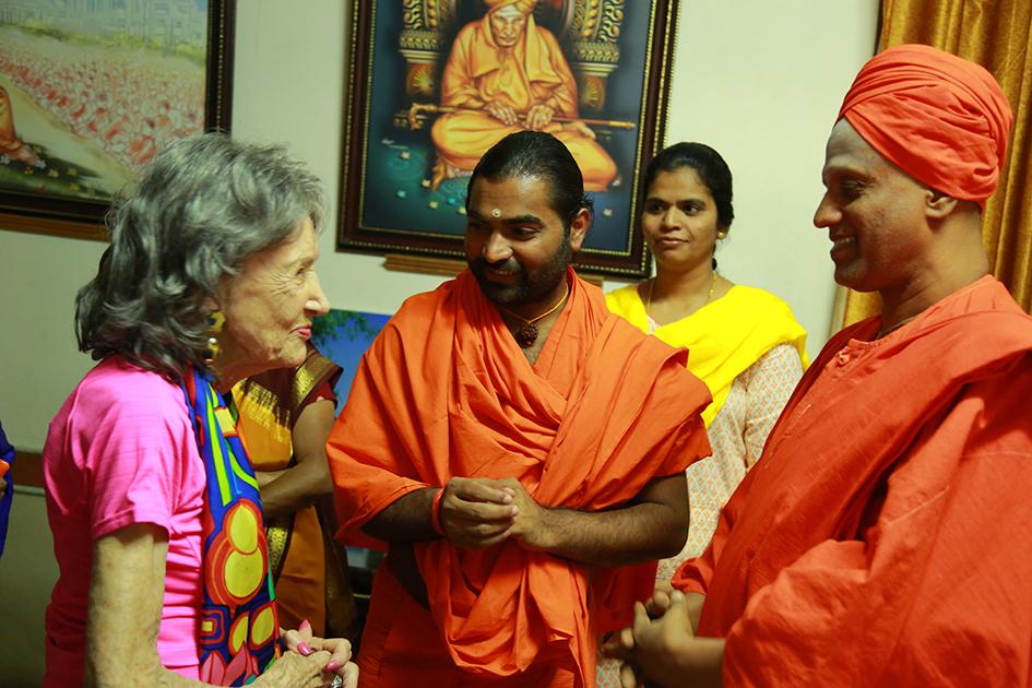 98-year-old yoga master Tao Porchon-Lynch and Shwaasa Guru at theSree Siddaganga Matha in Karnataka, India - June 23, 2017
