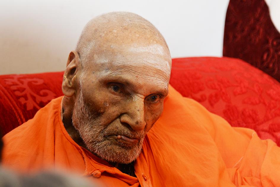 110-year-oldShivakumara Swami at theSree Siddaganga Matha in Karnataka, India - June 23, 2017