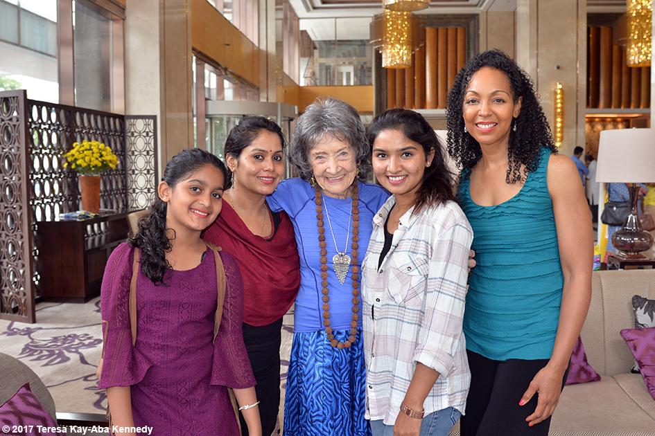 Aarya Prabhu, Anuradha Prabhu, 98-year-old yoga master Tao Porchon-Lynch, Nimma Seenu and Teresa Kay-Aba Kennedy in Bangalore, India - June 20, 2017