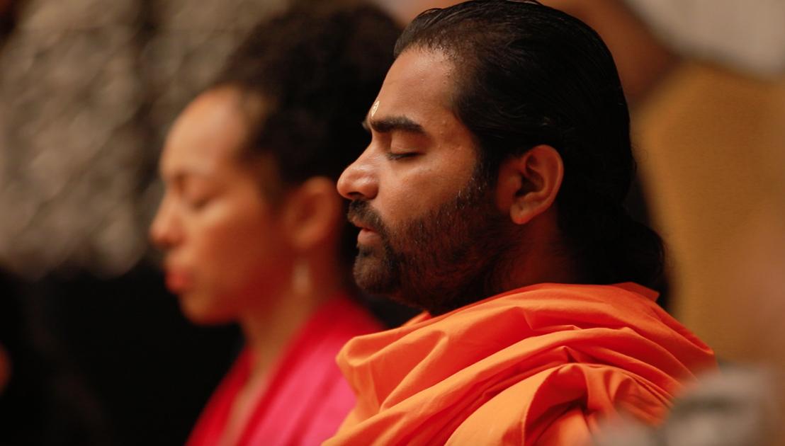 Teresa Kay-Aba Kennedy meditating with Shwaasa Guru in Bangalore, India - June 24, 2018