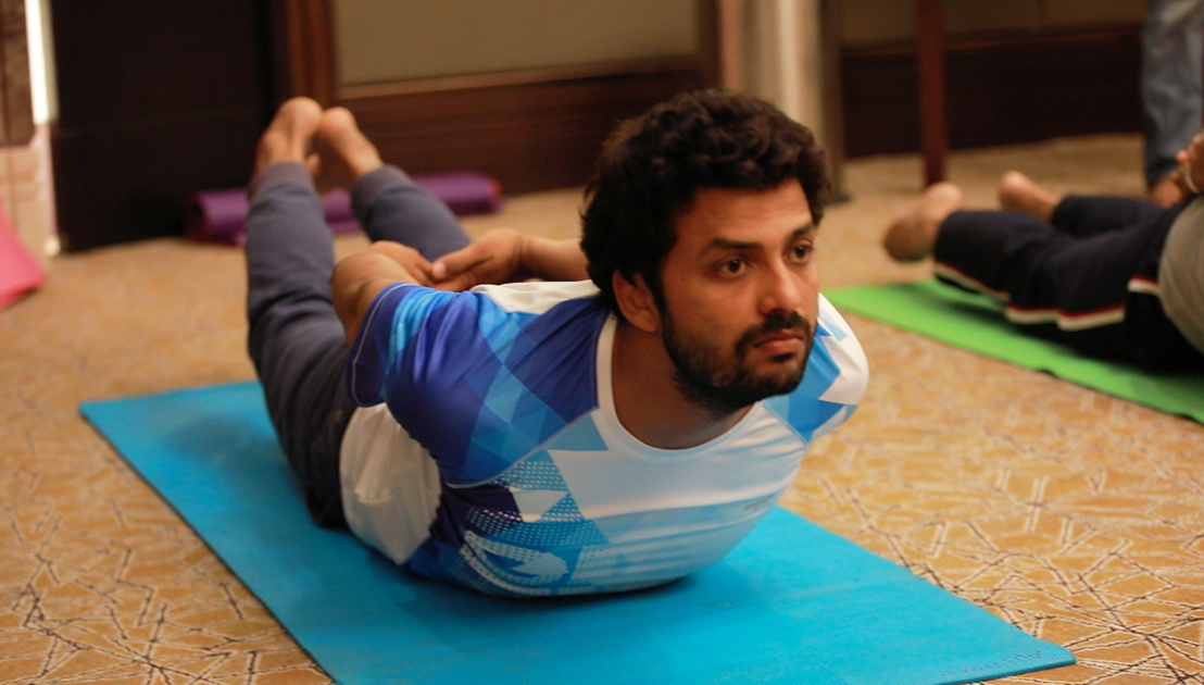 Tao Porchon-Lynch teaching yoga in Bangalore, India - June 24, 2017