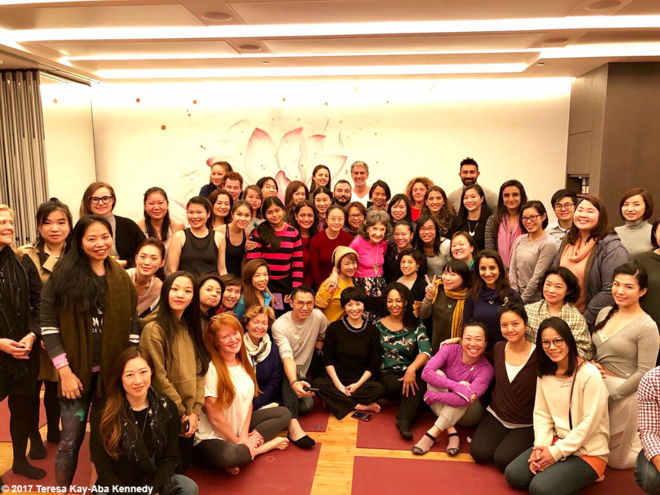 Class picture for Conversation with a Master with 99-year-old yoga master Tao Porchon-Lynch moderated by Teresa Kay-Aba Kennedy at Pure Yoga in Hong Kong – December 19, 2017