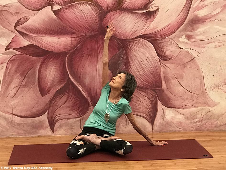 99-year-old yoga master Tao Porchon-Lynch teaching at Pure Yoga in Hong Kong – December 20, 2017