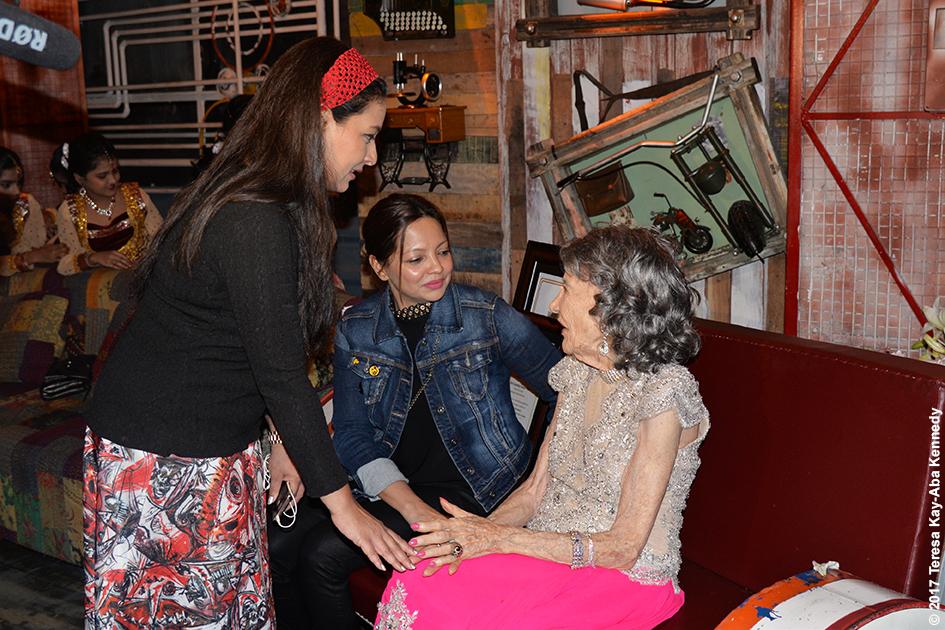 98-year-old Tao Porchon-Lynch with Sharbani Mukherj at Tao's World Book of Records celebration at Junkyard Cafe in Mumbai, India - June 27, 2017